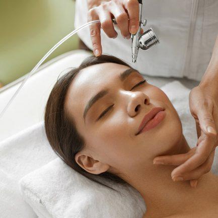Acne Treatment & Facial Treatment at Kota Damansara, Selangor, Malaysia